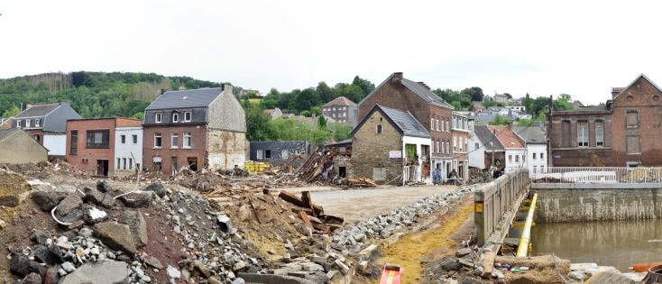 Pepinster -Beelden van huizen en straten na de overstromingen in juli 2021